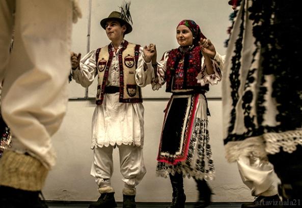 Rusalin Isfanoni - Padurenii Hunedoarei (Foto artavizuala21)3