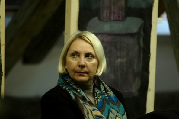 Ileana Pintilie, membru al Asociaţiei Internaţionale a Criticilor de Artă din Paris şi al Asociaţiei Internaţionale a Curatorilor de Artă Contemporană