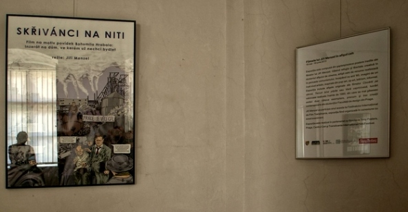 """""""Filmele lui Jiri Menzel în afişul ceh""""- şaptesprezece postere inedite ale filmelor lui Jiri Menzel (Muzeul de Artă Cluj)"""