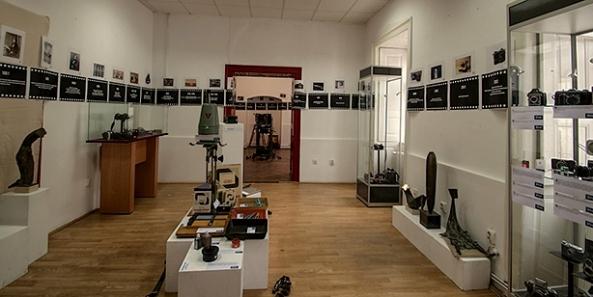 Galeria Hangar - primul Muzeu de Artă Fotografică