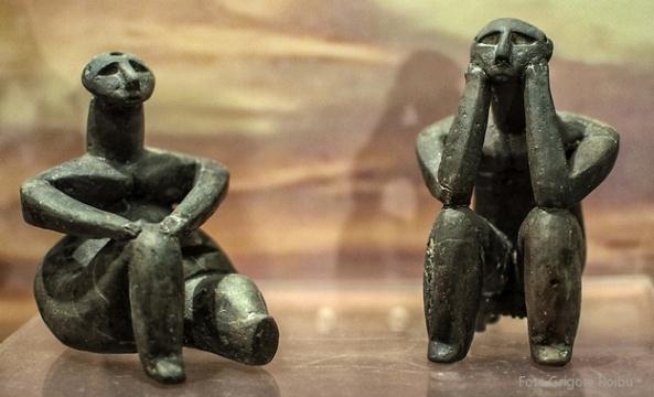 006 Muz ArheologieGanditorul de la Hamangia-artavizuala21jpg