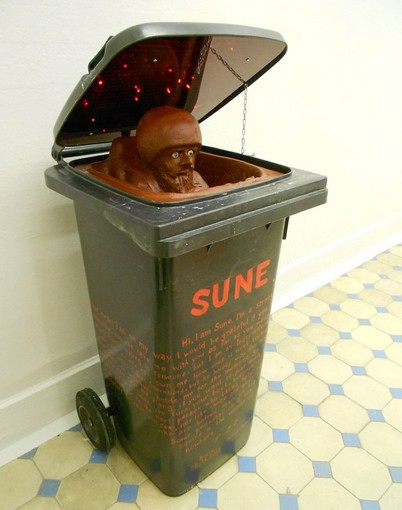 Tobias Sternberg - Sune (Independent Art Objects series)   sculpture