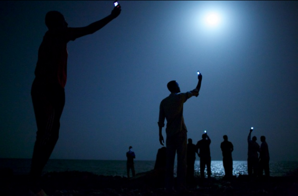World Press Photo 2014: John Stanmeyer – Signal