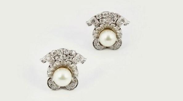 Cercei din aur alb cu perlă și diamante