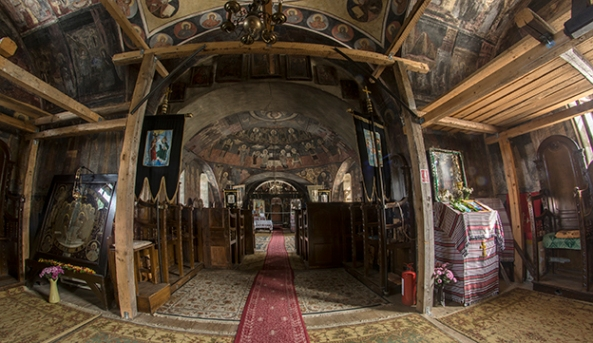 Biserica Sfânta Treime din Sibiel (interior)