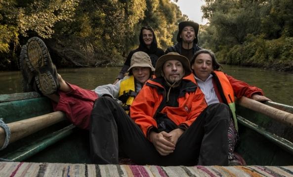 Trupa din acest an: Mariana Felicia Morar, Mihaela Roibu, Lucian Murărescu (România Qturistică), Grigore Roibu (artavizuala21) şi tânărul nostru ghid Ovidiu Larion.